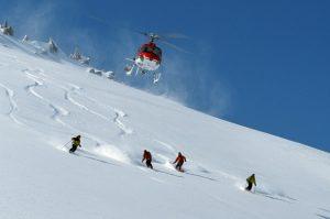 heli skiing powder
