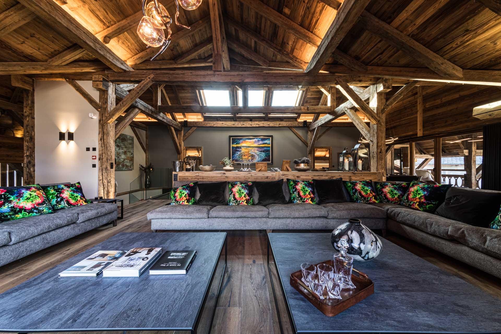 joux-plane-living-room